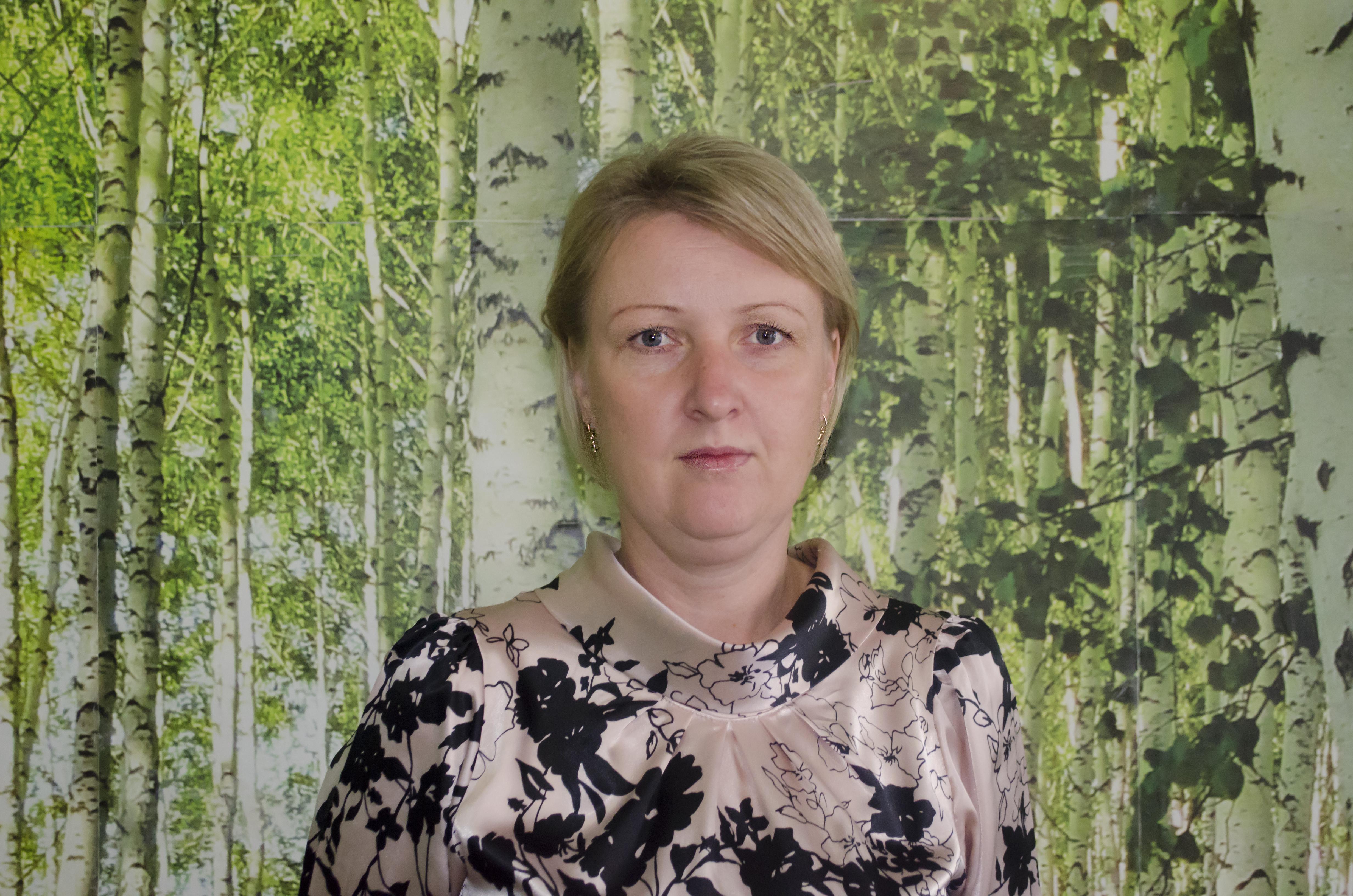 Паршина Ирина АнатольевнаЗаместитель директора по административно-хозяйственной части